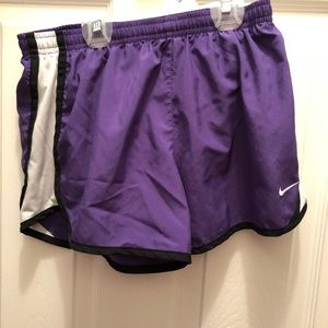 Girls large Nike short